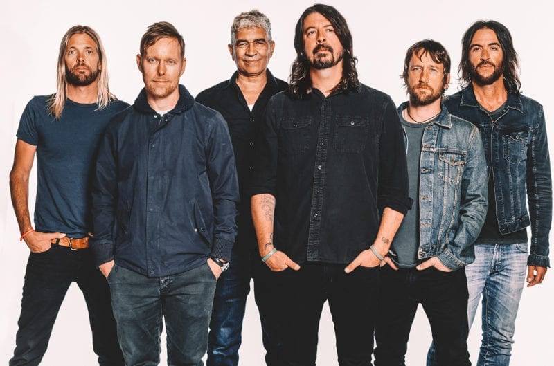 Foo Fighters e Queens of the Stone Age