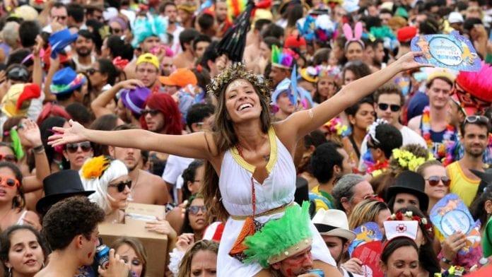 trio elétrico de Ibiza no Carnaval
