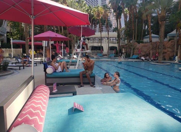 Vegas pool party 2020